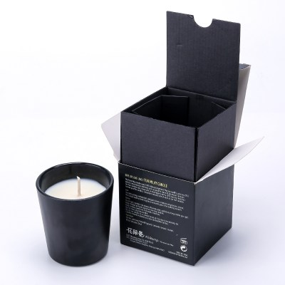 pure-scented-soy-candle-with-wood-lid (1)