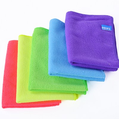 unbleached-usage-microfiber-towel-car-cleaning